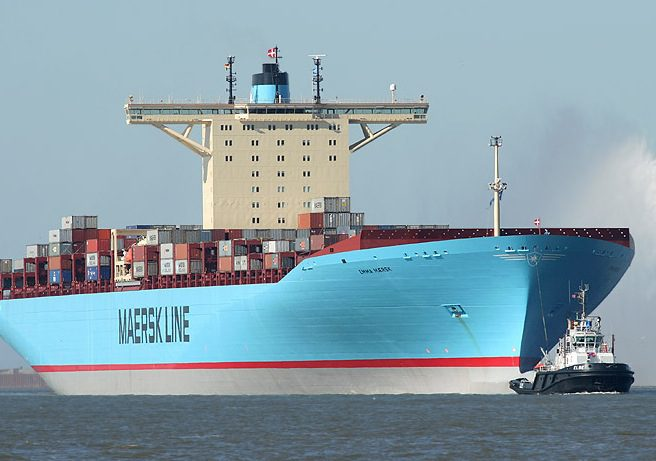 The real Emma Maersk under tow