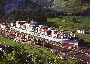 maersk line panama canal container shipping