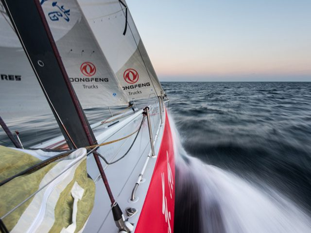dongfeng race team sailing volvo ocean race