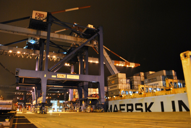 container crane collapse bremerhaven