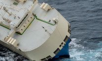 Salvage Team Boards Modern Express in Bay of Biscay – UPDATE