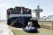 Panama Canal Tugboat Captains Sanctioned Over Refusal to Transit Vessels in Neopanamax Locks
