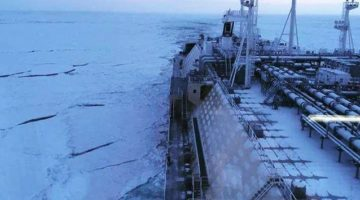 Timelapse Video: Icebreaking LNG Carrier 'Eduard Toll' Transits the Northern Sea Route