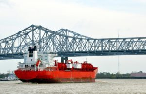 mississippi river shipping